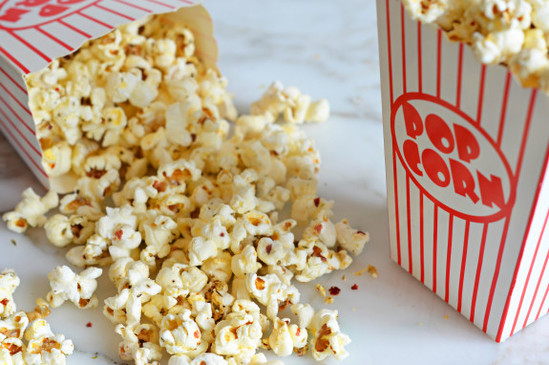 Crazy-Good-Spicy-Italian-Popcorn-575x382.jpg